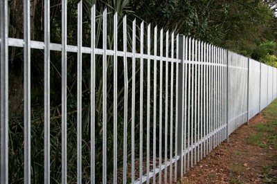 Fairfield CA Fence Company - Aluminum Fencing and Gates 1